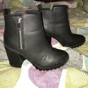 H&M-Black ankle booties